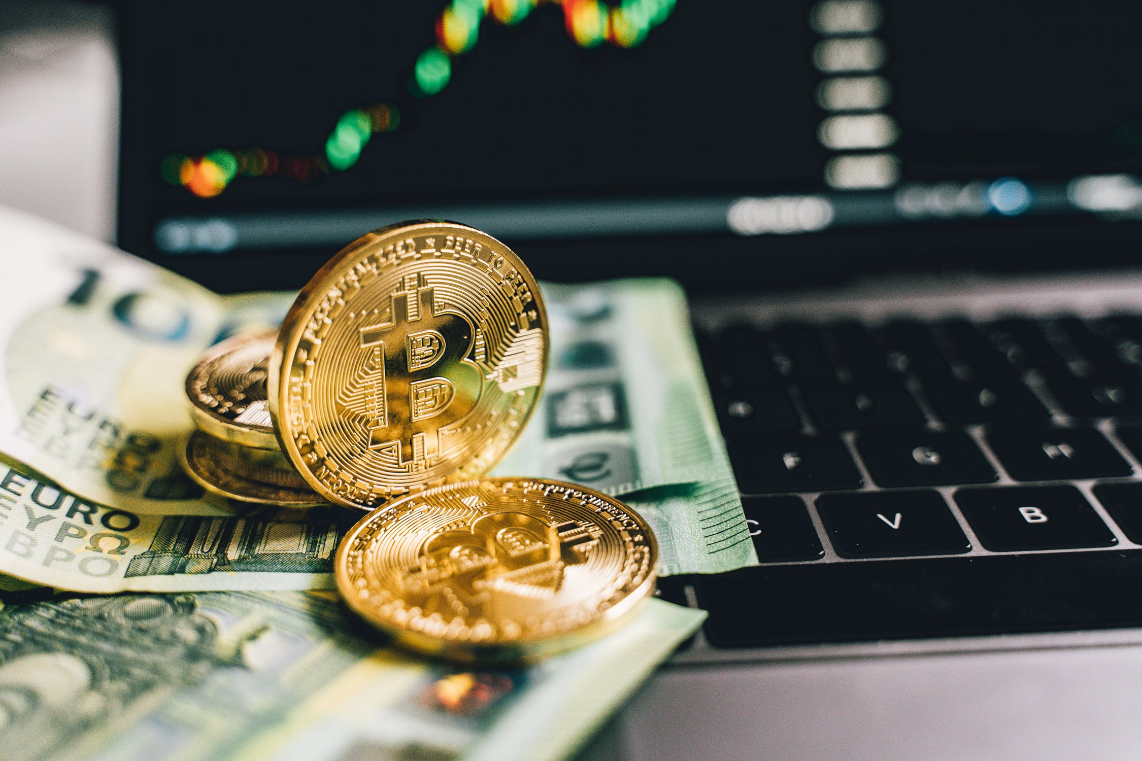 Why are people compromising traditional and physical currencies with bitcoin